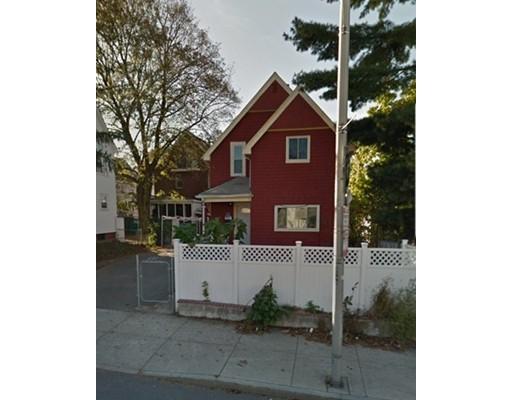 Многосемейный дом для того Продажа на 990 Broadway 990 Broadway Everett, Массачусетс 02149 Соединенные Штаты
