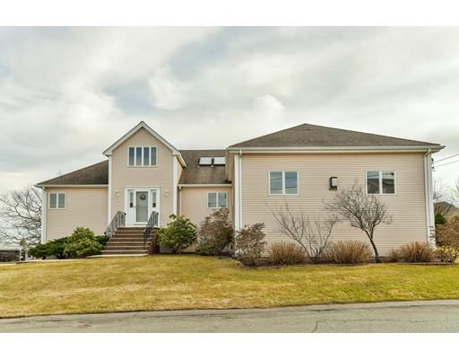 Single Family Home for Sale at 51 Summit Avenue 51 Summit Avenue Saugus, Massachusetts 01906 United States