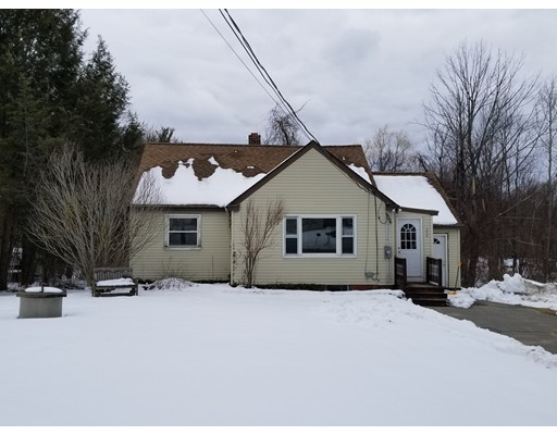Single Family Home for Rent at 240 Turnpike Road 240 Turnpike Road Ashby, Massachusetts 01431 United States