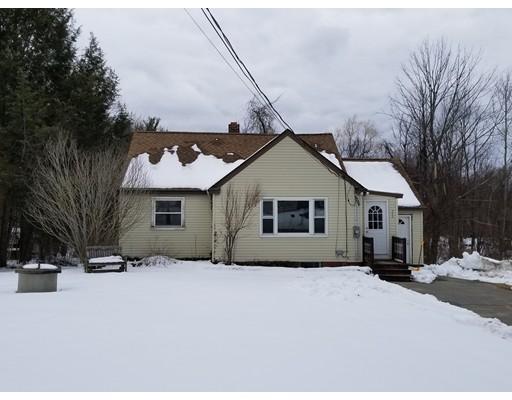 Casa Unifamiliar por un Alquiler en 240 Turnpike Road 240 Turnpike Road Ashby, Massachusetts 01431 Estados Unidos