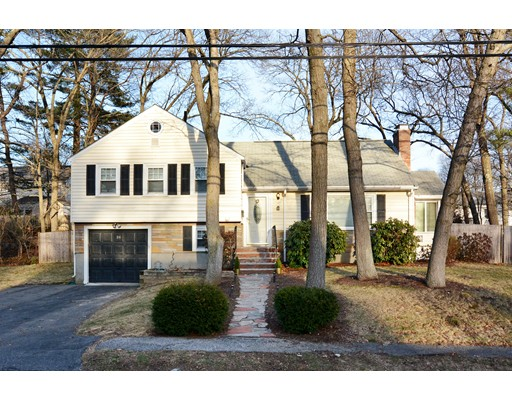Picture 1 of 26 Manning Rd  Dedham Ma  3 Bedroom Single Family