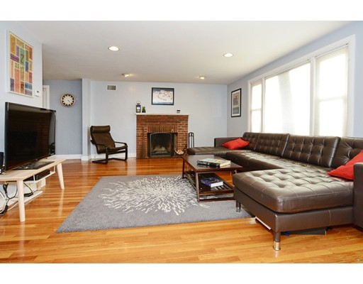 Picture 5 of 26 Manning Rd  Dedham Ma 3 Bedroom Single Family