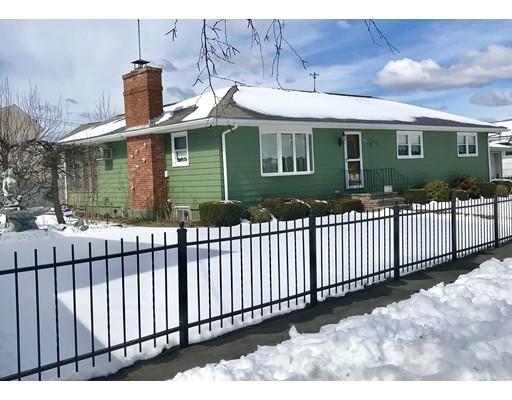 Casa Unifamiliar por un Venta en 18 Davis Terrace 18 Davis Terrace Peabody, Massachusetts 01960 Estados Unidos
