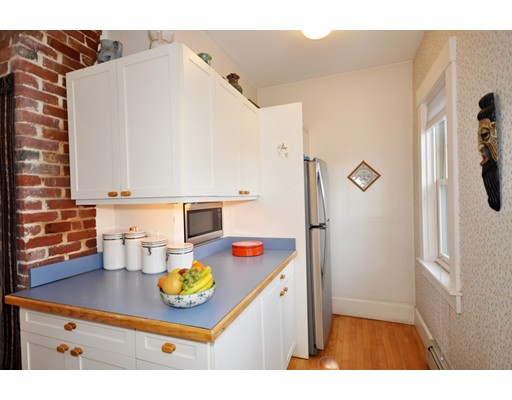 Picture 13 of 41A Parker St Unit 41a Watertown Ma 2 Bedroom Condo