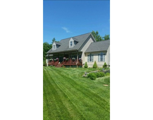 Single Family Home for Sale at 294 Brockelman Road 294 Brockelman Road Lancaster, Massachusetts 01523 United States