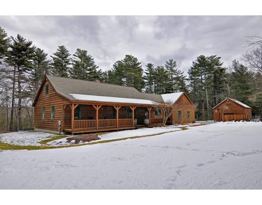 Maison unifamiliale pour l Vente à 71 Cedar Street 71 Cedar Street Douglas, Massachusetts 01516 États-Unis