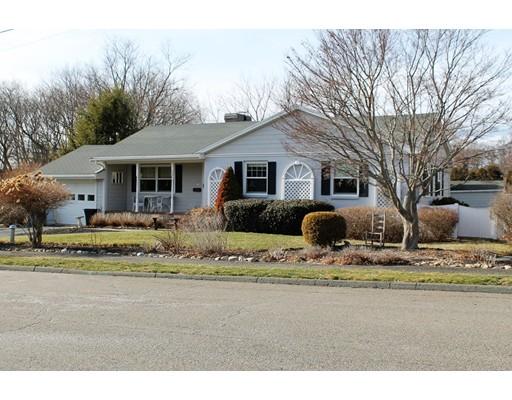 Частный односемейный дом для того Продажа на 22 Bradley Road 22 Bradley Road Danvers, Массачусетс 01923 Соединенные Штаты
