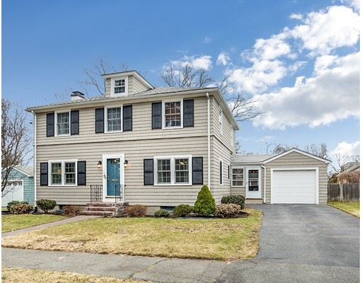 Single Family Home for Sale at 19 Young Avenue 19 Young Avenue Swampscott, Massachusetts 01907 United States