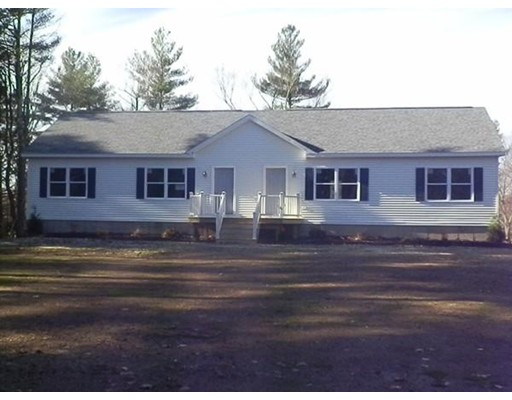 Single Family Home for Rent at 228 Pleasantdale Road 228 Pleasantdale Road Rutland, Massachusetts 01543 United States