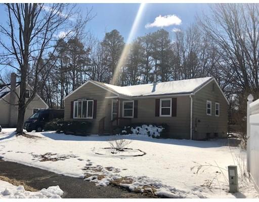 Maison unifamiliale pour l Vente à 3 Zabek Drive 3 Zabek Drive Easthampton, Massachusetts 01027 États-Unis