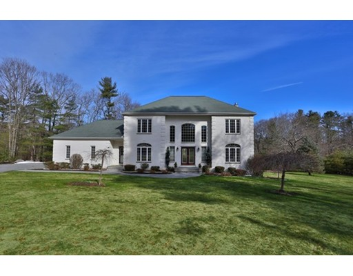 Single Family Home for Sale at 18 Park Street North Reading, Massachusetts 01864 United States
