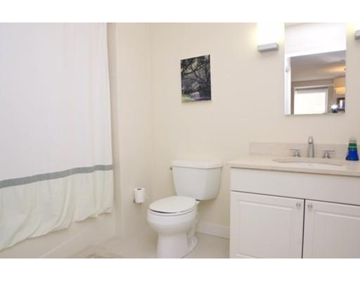 Picture 7 of 80 Broad Unit 1004 Boston Ma 2 Bedroom Condo