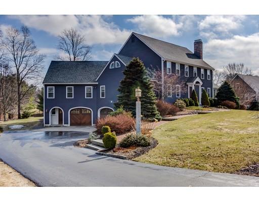 Maison unifamiliale pour l Vente à 15 Alprilla Farm Road 15 Alprilla Farm Road Hopkinton, Massachusetts 01748 États-Unis