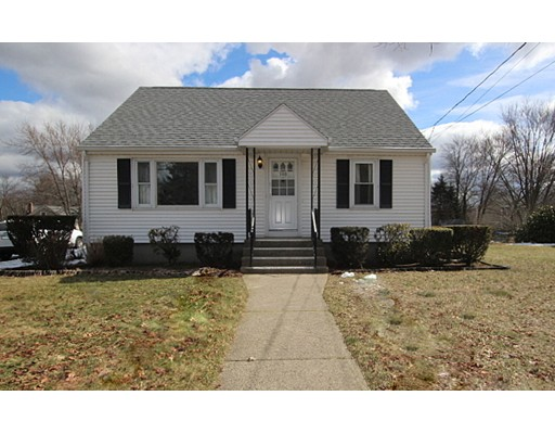 独户住宅 为 销售 在 106 Robinson Avenue Attleboro, 02703 美国
