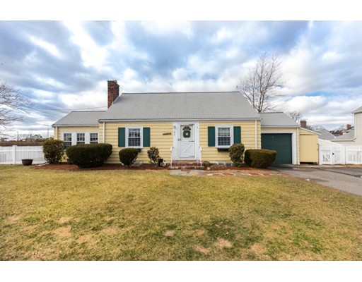 Single Family Home for Sale at 61 Aberdeen Avenue Waltham, Massachusetts 02453 United States