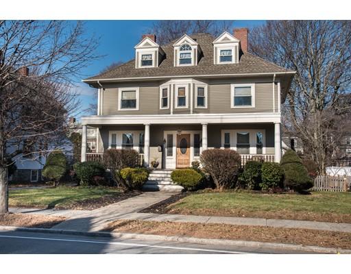 Single Family Home for Sale at 186 Upham Street 186 Upham Street Melrose, Massachusetts 02176 United States