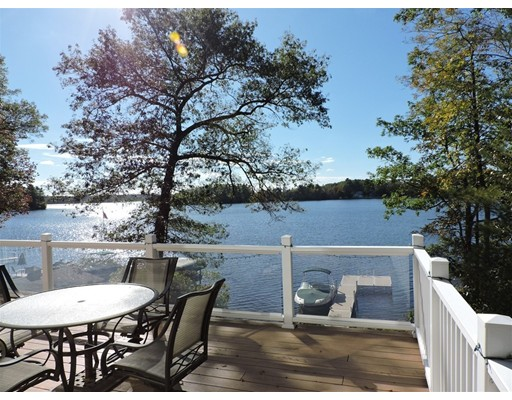 8  Reid Smith Cove Road,  Webster, MA