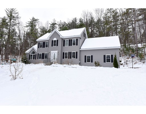 Single Family Home for Sale at 771 Martins Pond Road 771 Martins Pond Road Groton, Massachusetts 01450 United States