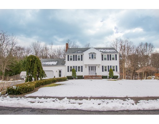 Single Family Home for Sale at 28 Lordan Road 28 Lordan Road Raynham, Massachusetts 02767 United States