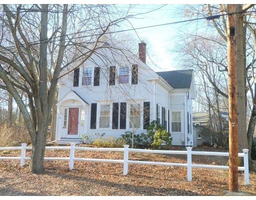 Maison unifamiliale pour l Vente à 11 Thayer Street 11 Thayer Street Hingham, Massachusetts 02043 États-Unis