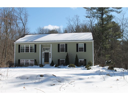 Single Family Home for Sale at 40 Ryan Road 40 Ryan Road North Brookfield, Massachusetts 01535 United States