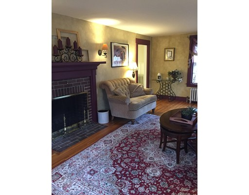 27 Sunset Ave, Chelmsford, MA, 01824