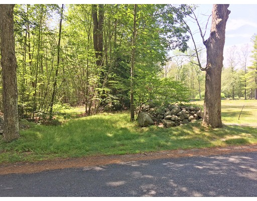Land for Sale at 36 Old Hardwick Road Petersham, 01366 United States