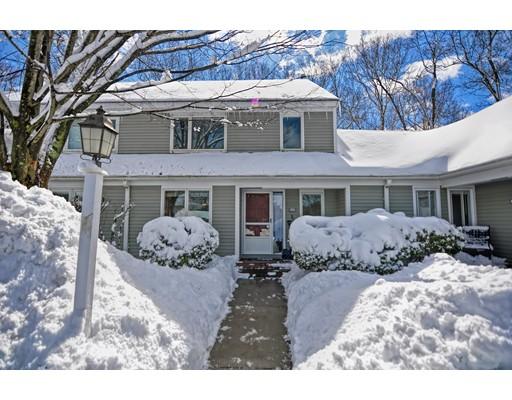 Condominio por un Venta en 104 STONE RIDGE ROAD 104 STONE RIDGE ROAD Franklin, Massachusetts 02038 Estados Unidos