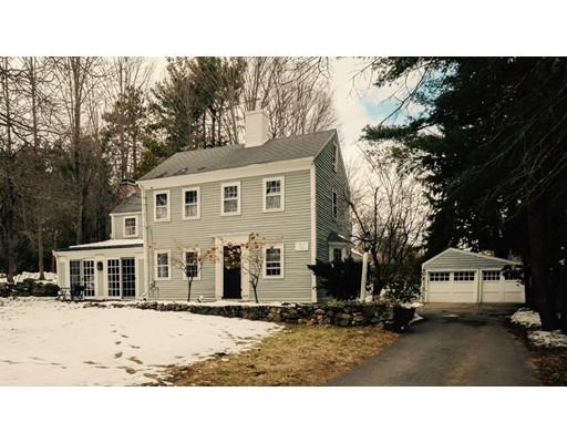 Nhà ở một gia đình vì Bán tại 17 Bow Road 17 Bow Road Wayland, Massachusetts 01778 Hoa Kỳ