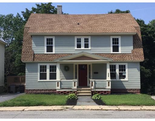 Maison unifamiliale pour l Vente à 152 Oak Street 152 Oak Street Gardner, Massachusetts 01440 États-Unis