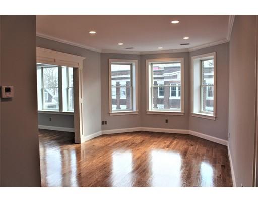 Condominio por un Venta en 15 Gibbs 15 Gibbs Brookline, Massachusetts 02446 Estados Unidos