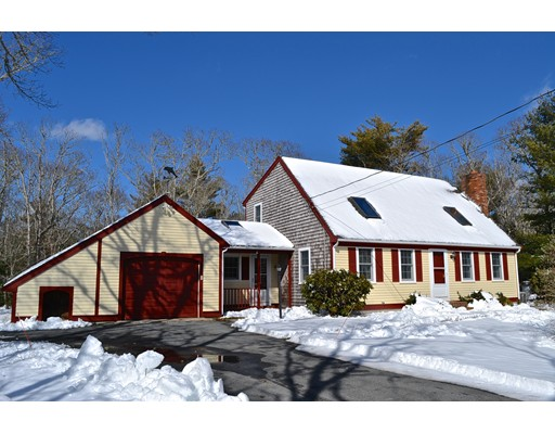 Single Family Home for Sale at 190 Great Neck Road Wareham, 02571 United States