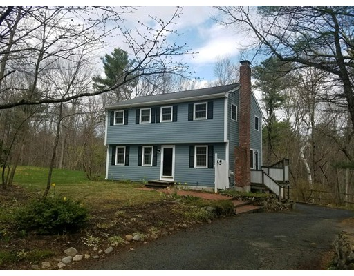 Single Family Home for Sale at 215 Middle Road Boxborough, Massachusetts 01719 United States