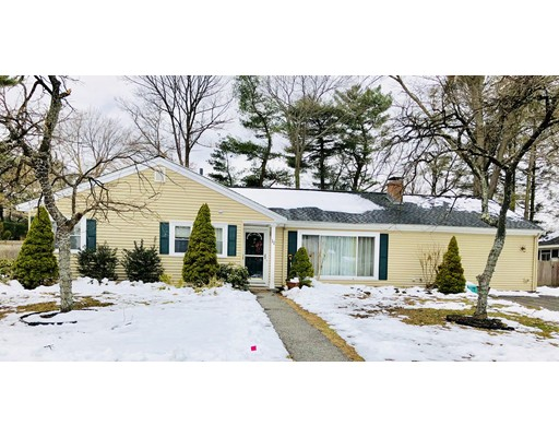 Single Family Home for Sale at 11 Brookdale Road 11 Brookdale Road Natick, Massachusetts 01760 United States