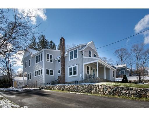 واحد منزل الأسرة للـ Sale في 36 Oak Street 36 Oak Street Cohasset, Massachusetts 02025 United States
