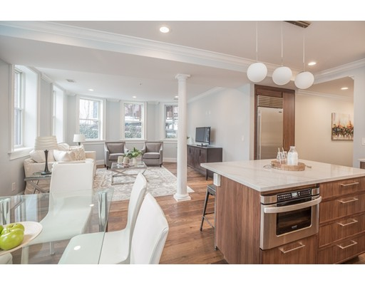 Appartement en copropriété pour l Vente à 55 Addington Road 55 Addington Road Brookline, Massachusetts 02445 États-Unis