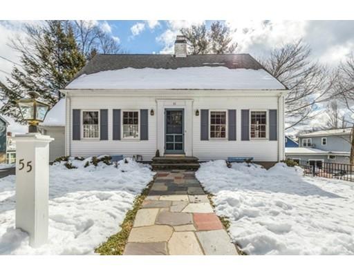 واحد منزل الأسرة للـ Sale في 55 Eustis Street 55 Eustis Street Arlington, Massachusetts 02476 United States