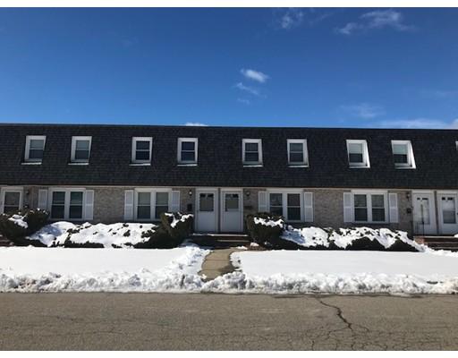 شقة بعمارة للـ Sale في 23 Moreland Avenue 23 Moreland Avenue Dedham, Massachusetts 02026 United States