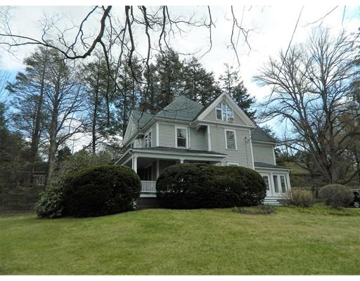 独户住宅 为 销售 在 244 Amity Street 244 Amity Street Amherst, 马萨诸塞州 01002 美国