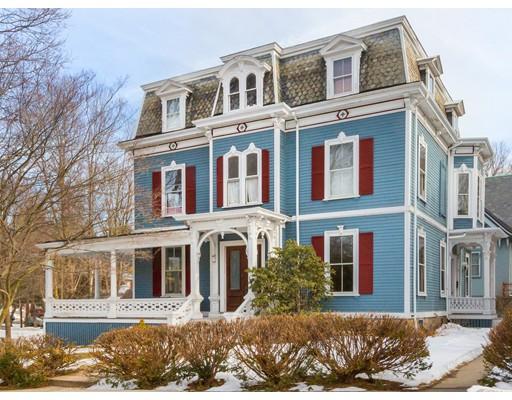 Κτίριο με ξεχωριστά διαμερίσματα για πολλές οικογένειες για την Πώληση στο 104 Eldredge Street 104 Eldredge Street Newton, Μασαχουσετη 02458 Ηνωμενεσ Πολιτειεσ