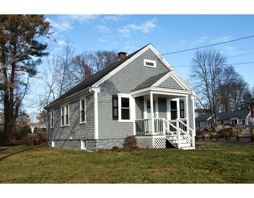 واحد منزل الأسرة للـ Sale في 181 Beechwood Street 181 Beechwood Street Cohasset, Massachusetts 02025 United States