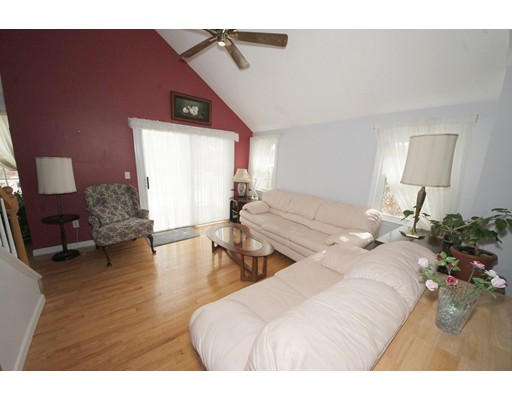 Condominium for Sale at 327 Tilden Commons Lane 327 Tilden Commons Lane Braintree, Massachusetts 02184 United States