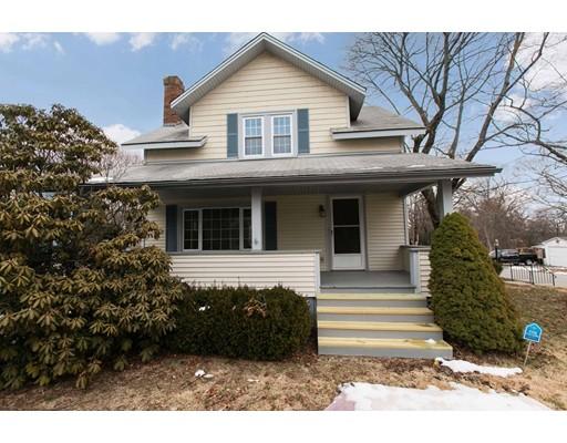 واحد منزل الأسرة للـ Sale في 325 North Main 325 North Main North Smithfield, Rhode Island 02896 United States