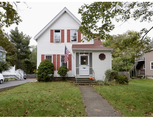 Single Family Home for Sale at 242 Crescent Street 242 Crescent Street Rockland, Massachusetts 02370 United States