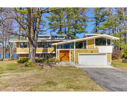 Single Family Home for Sale at 88 Paquin Drive 88 Paquin Drive Marlborough, Massachusetts 01752 United States