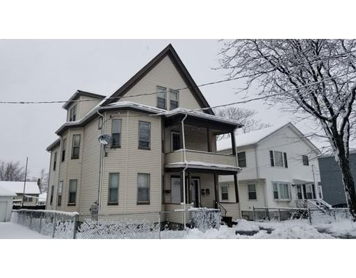 多户住宅 为 销售 在 106 Lyme Sreet 106 Lyme Sreet 莫尔登, 马萨诸塞州 02148 美国