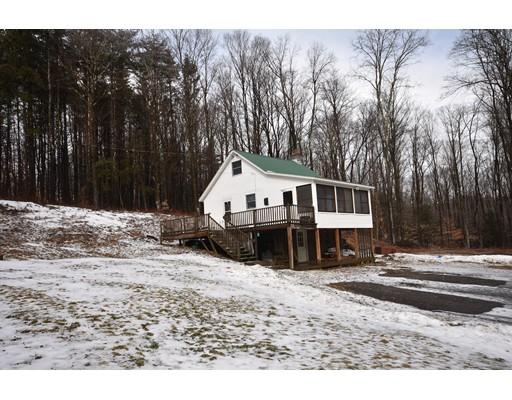 Частный односемейный дом для того Продажа на 54 Porter Hill Road 54 Porter Hill Road Cummington, Массачусетс 01026 Соединенные Штаты