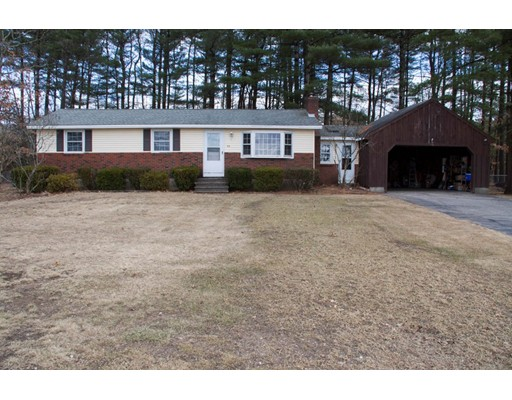 Single Family Home for Sale at 531 Charles Bancroft Highway 531 Charles Bancroft Highway Litchfield, New Hampshire 03052 United States