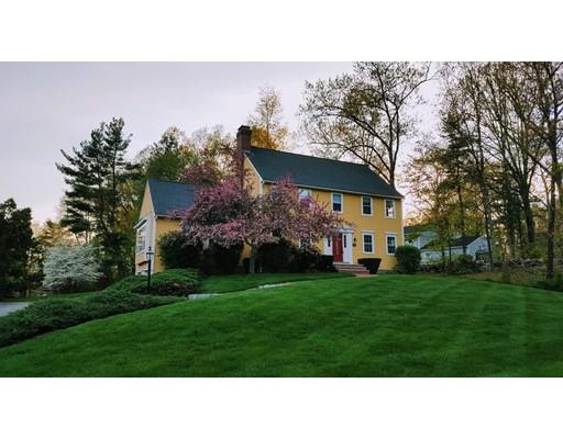 واحد منزل الأسرة للـ Sale في 469 Massachusetts Avenue 469 Massachusetts Avenue Acton, Massachusetts 01720 United States