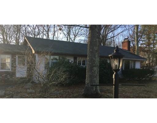 Casa Unifamiliar por un Venta en 15 Lynwood Circle 15 Lynwood Circle Attleboro, Massachusetts 02703 Estados Unidos